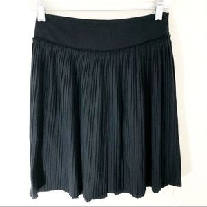 Banana Republic Petite 00 Black Pleat Skirt Zip